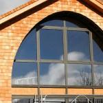 Ossature bois, murs et toiture en bardeaux mélèze, Hures 03
