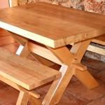 Table en frêne, Hyelzas